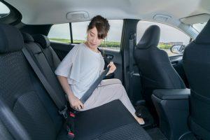 Solo el 23,1 % usa el cinturón de seguridad cuando va atrás
