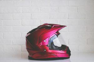 5 elementos de seguridad que necesitás para andar en moto
