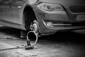 ¿Qué hacer si te roban un neumático?